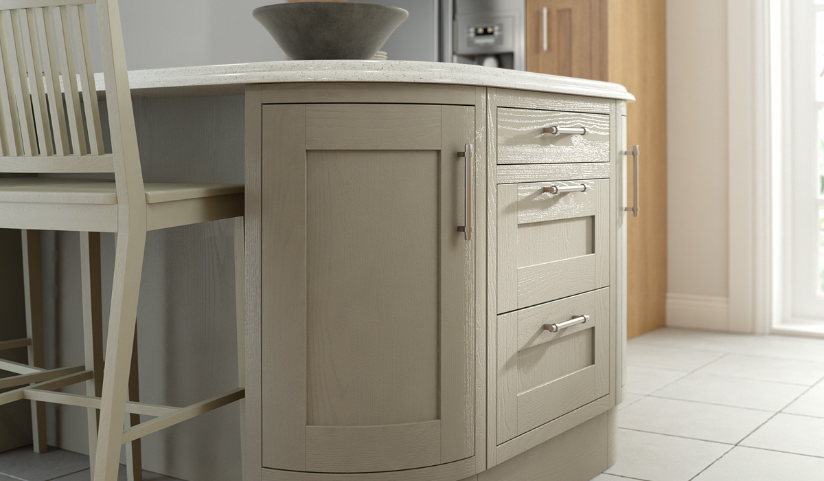 Country Painted Kitchen - Chippendale Kitchens | Supplied and Installed by Kingsbury Kitchens
