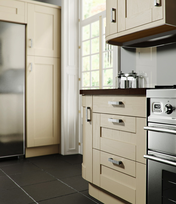 Verve Shaker Kitchen - Chippendale Kitchens | Supplied and Installed by Kingsbury Kitchens